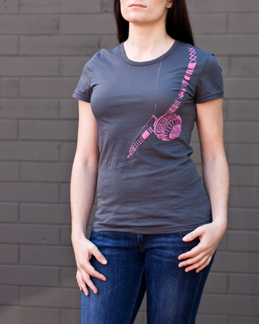 Women's Short Sleeve Grey Berimbau Shirt