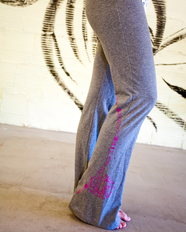 Women's Yoga Pants Grey -Berimbau- : Capoeira Clothing